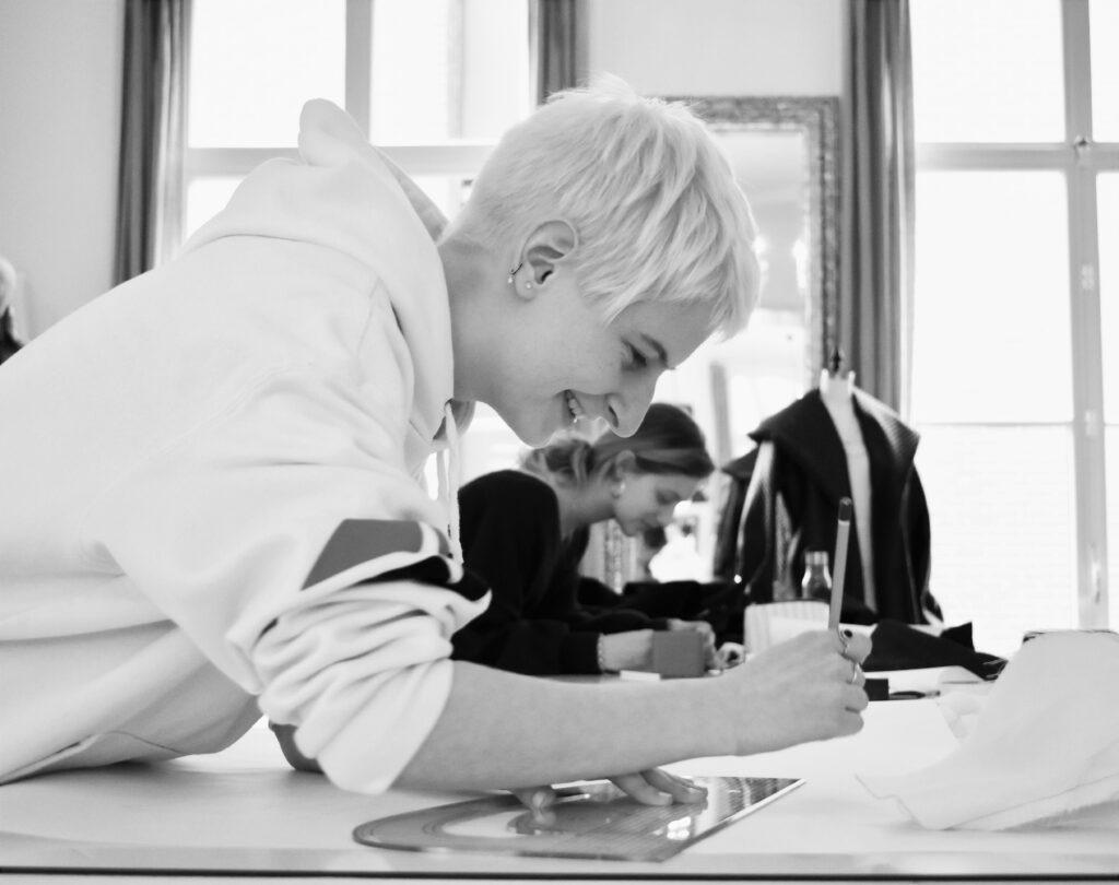 Amsterdam Fashion Academy, Boutique School, Fashion Design School, Fashion School, Fashion School in Amsterdam, Amsterdam, Fashion Business, Fashion student, Fashion design student, fashion design ba, textiles design ba, fashion business ba, fashion foundation, apply to the amsterdam fashion academy, trend forecasting course, fashion forecasting, fashion marketing, fashion buying, evening course in amsterdam, evening fashion course amsterdam, fashion design, fashion business, internships, fashion internships